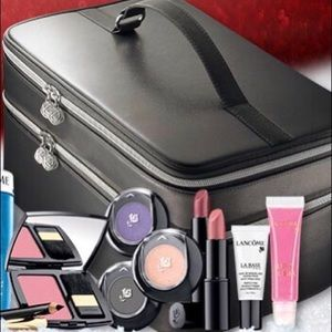 Lancôme Makeup Case.